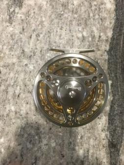 Sougayilang Fly Fishing Reel 7/8 New