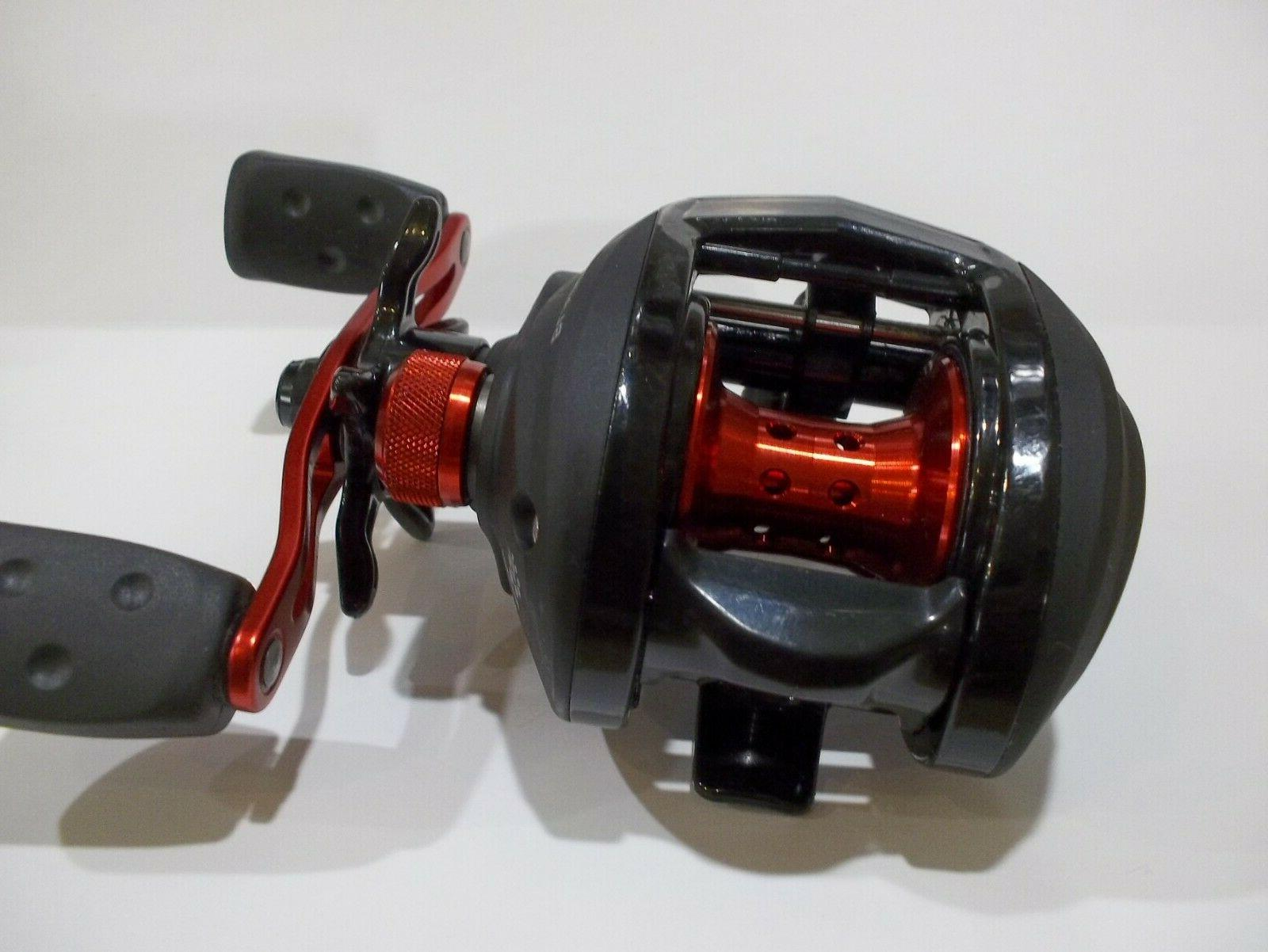 black max 3 right handed baitcast reel