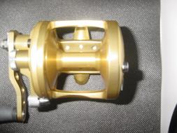 New in Box Avet Fishing Reel Factory Blemish  MXL5.8 MC CAST