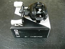13 FISHING ONE 3 ORIGIN A 8.1 RIGHT HANDED CASTING REEL