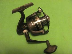 PENN PURSUIT II 4000 SPINNING REEL NEW OFF COMBO