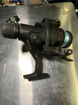 Shimano R1000 IX 1000R 4.1:1 Spinning Reel Black Rear Drag /